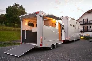 pferdetransporter-mueller_230_700x465